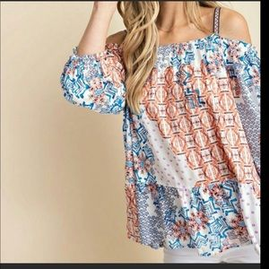 Tops - Beautiful off shoulder top